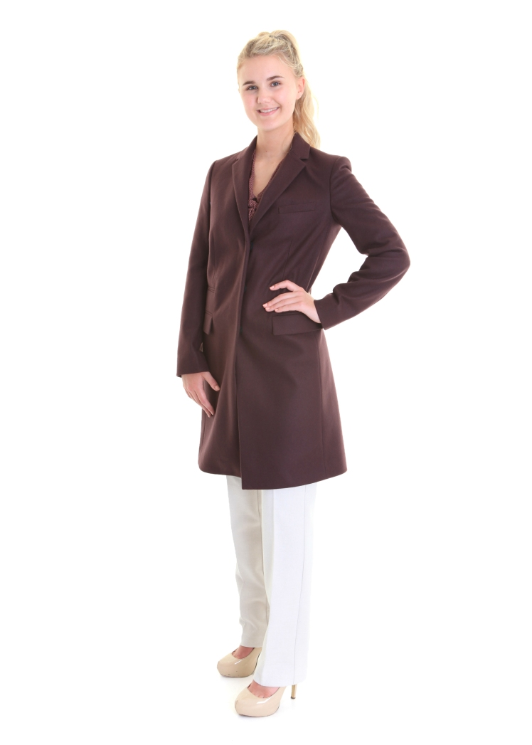 burgendy coat 229, wintervwhite wool trousers 119.95
